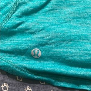Lululemon sports tank